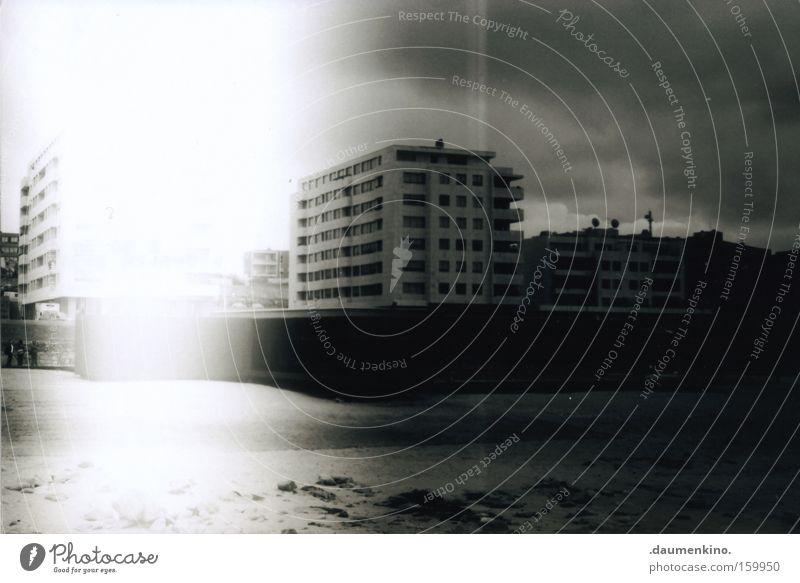 giants Meer Strand Haus Wolken Einsamkeit Tod Stein Gebäude Sand Regen Wohnung Tourismus Häusliches Leben Hotel Gewitter