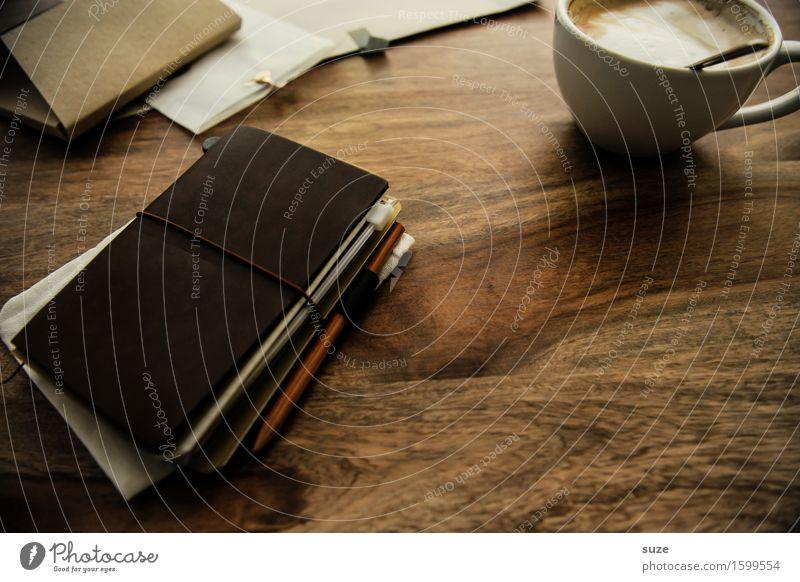 Momentchen Erholung ruhig natürlich Zeit Lebensmittel Freizeit & Hobby Kreativität Tisch genießen Idee Papier lesen Pause Getränk Kaffee schreiben