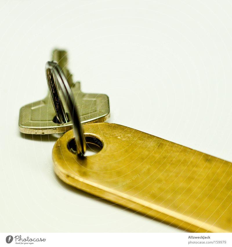 Schlüsselerlebnis schließen Hotel Raum Sicherheit Schloss Schlüsselanhänger Freisteller Schlüsseldienst Schlüsselloch Makroaufnahme Nahaufnahme Handwerk