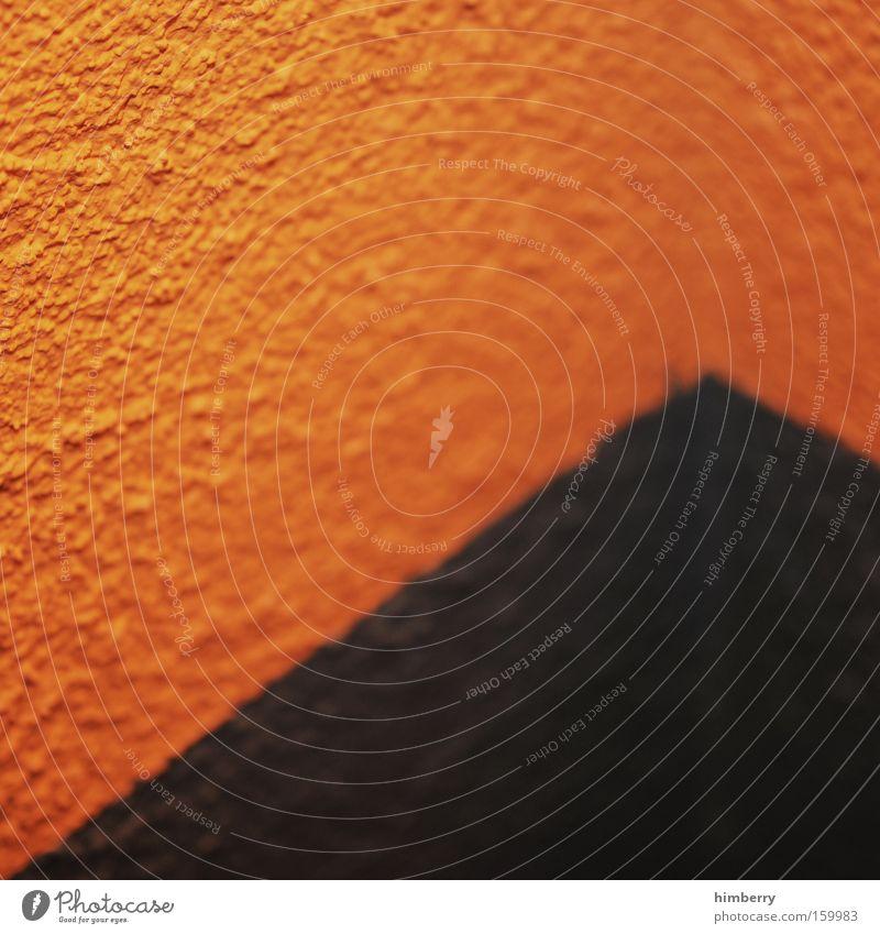 ecke mit nix drin Farbe Wand Farbstoff Mauer Linie orange Industrie Ecke Baustelle streichen Handwerk Renovieren Putz Anstreicher Zimmerecke Anstrich