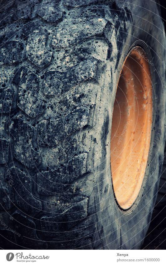 Dreh am Rad schwarz gelb PKW rund stark Reifenprofil