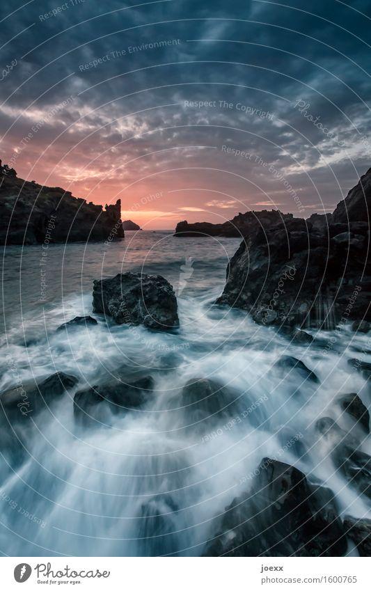 Mit Neptun schweigen Himmel Natur Ferien & Urlaub & Reisen blau Sommer weiß Meer Strand schwarz Küste Felsen Horizont Wellen Idylle Insel Schönes Wetter
