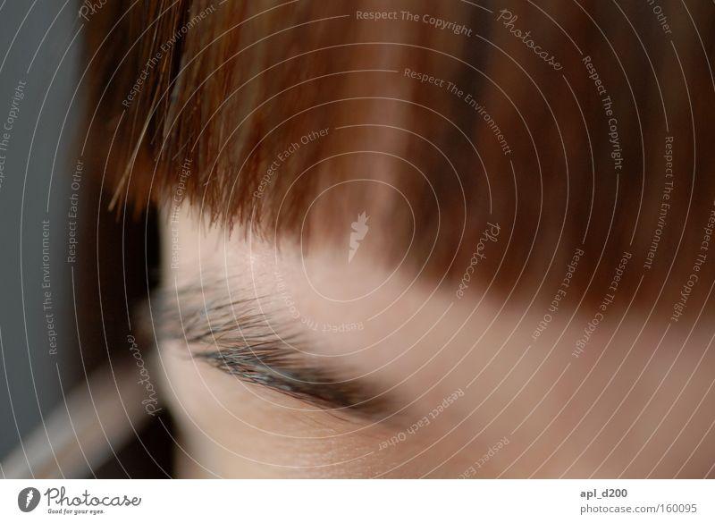 myLOVE zwei Haare & Frisuren Brille Augenbraue Genauigkeit braun Makroaufnahme Nahaufnahme Frau Haut Brillenträgerin
