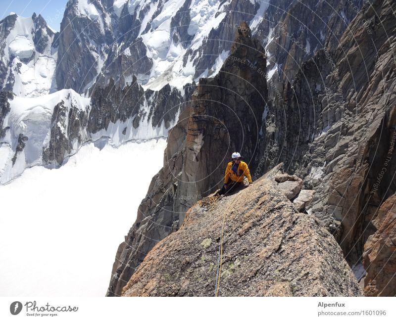 Granitplatte II Felsen Alpen Berge u. Gebirge Mont Blanc Schneebedeckte Gipfel Gletscher Erfolg oben sportlich Lebensfreude Kraft Willensstärke Macht Mut