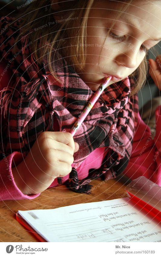 nach hilfe ? Schule Denken lernen lesen Bildung schreiben Konzentration Mathematik Müdigkeit Schüler Schreibstift Wissen Berufsausbildung rechnen Druck Leistung