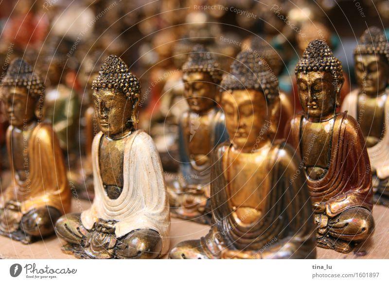 Buddhas Kultur Buddha Statue Buddhismus Marktstand Kunsthandwerk Asien Ubud Bali Indonesien Figur Gold Glück Kraft Mut Liebe Menschlichkeit Gelassenheit
