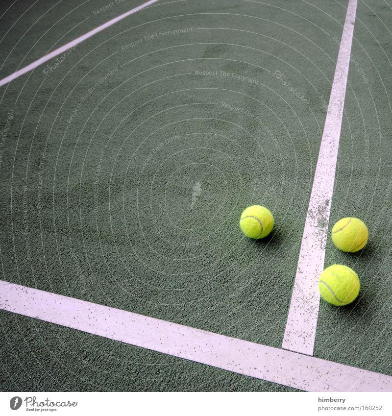 one out Tennis Sport Spielfeld Ball Tennisball Ballsport Spielplatz Spielen Sportveranstaltung Konkurrenz makierung tennishalle