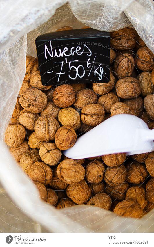 Nüsse im Sack für Sieme Fuffzsch das Kilo. Lebensmittel Ernährung Bioprodukte Vegetarische Ernährung Diät Slowfood Italienische Küche wählen bezahlen kaufen