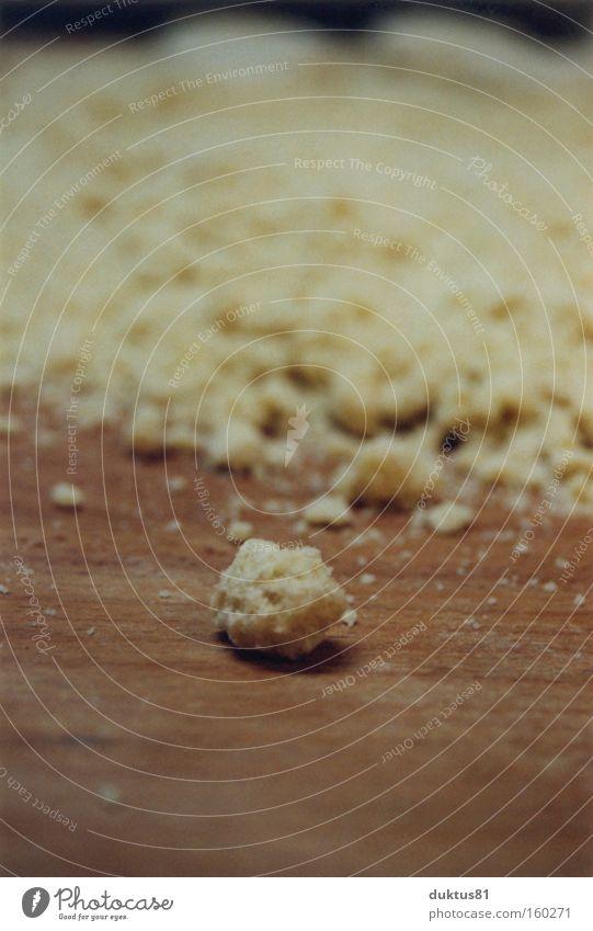 Krümel Bäckerei Streusel lecker süß Einsamkeit Kuchen Backwaren Streuselkuchen backen Schwache Tiefenschärfe
