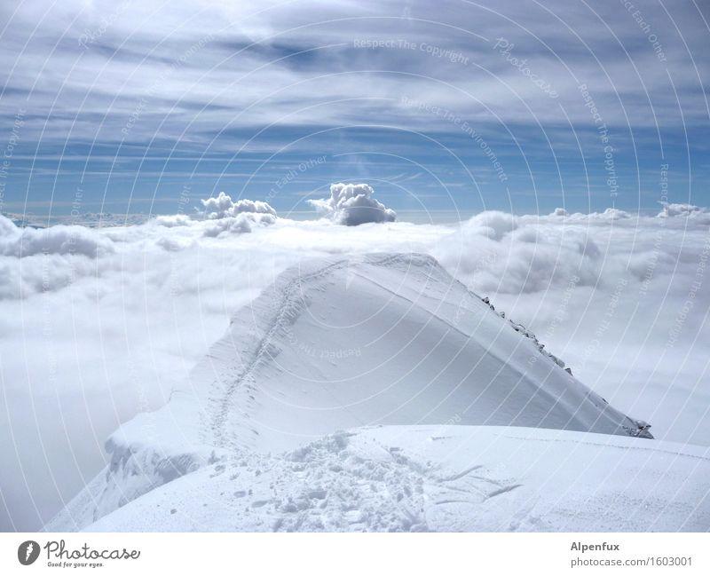 Himmelsleiter Einsamkeit Wolken Berge u. Gebirge kalt Schnee Glück Tod Stimmung Horizont träumen Zufriedenheit wandern Kraft Erfolg Schönes Wetter