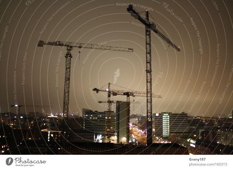 Hanse Hamburg Krane View Farbfoto Außenaufnahme Licht Langzeitbelichtung Panorama (Aussicht) Haus Baustelle Stadt Skyline Hochhaus Verkehr bauen Coolness groß