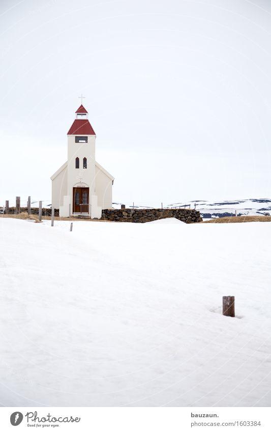 schneekirche. Ferien & Urlaub & Reisen Tourismus Ausflug Winter Umwelt Natur Landschaft Himmel Wolken Klima Wetter Eis Frost Schnee Island Kirche Bauwerk
