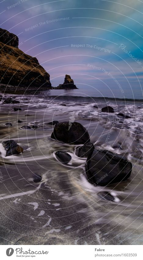 Talisker Bay Umwelt Natur Landschaft Urelemente Erde Sand Wasser Himmel Wolken Felsen Wellen Küste Seeufer Strand Bucht Nordsee Meer Schottland Blick blau braun