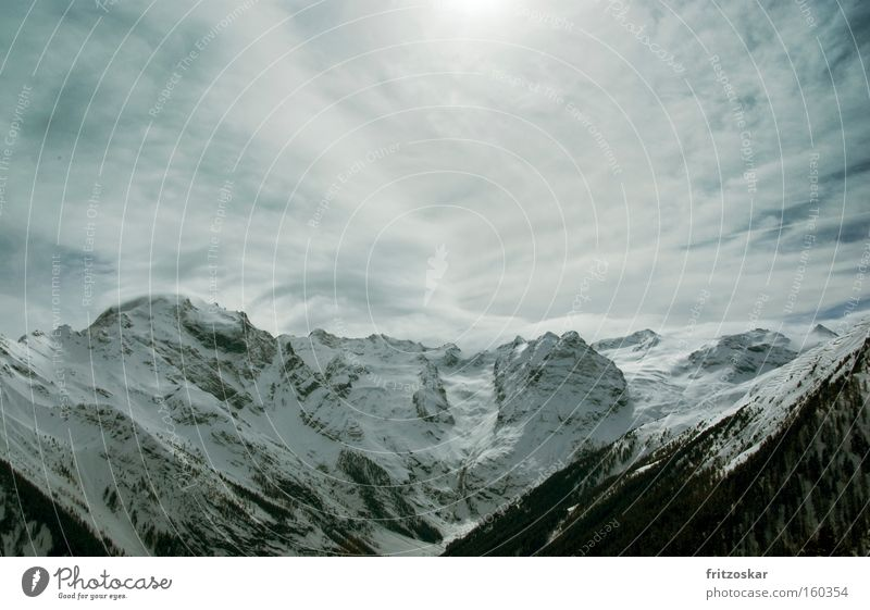 Bergkette Berge u. Gebirge Wolken Wald Stilfserjoch Gegenlicht Winter Alpen Schnee Schneehang