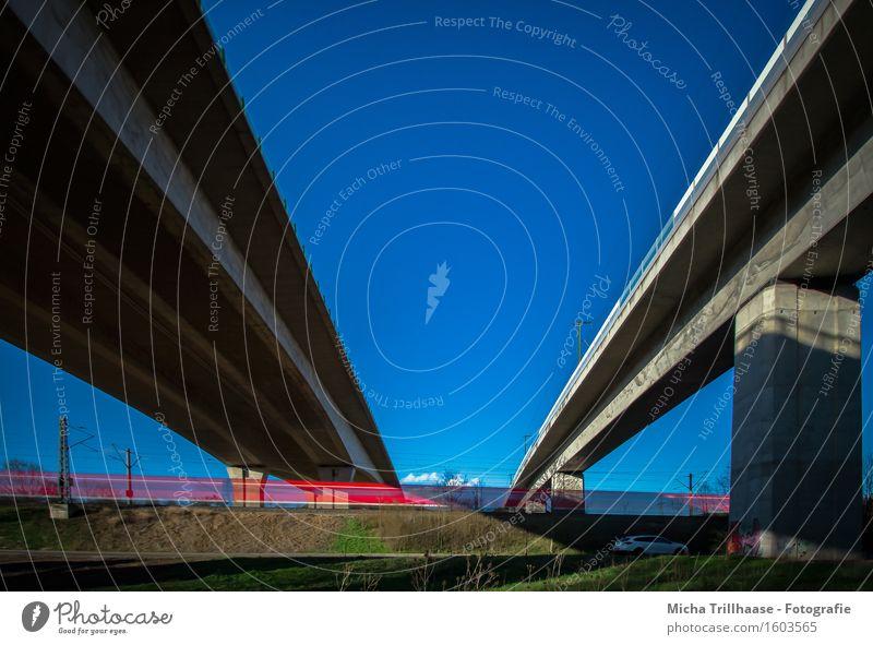 Verkehrswege Himmel Ferien & Urlaub & Reisen Landschaft Umwelt Architektur Geschwindigkeit groß Beton Brücke Güterverkehr & Logistik fahren Bauwerk Fernweh