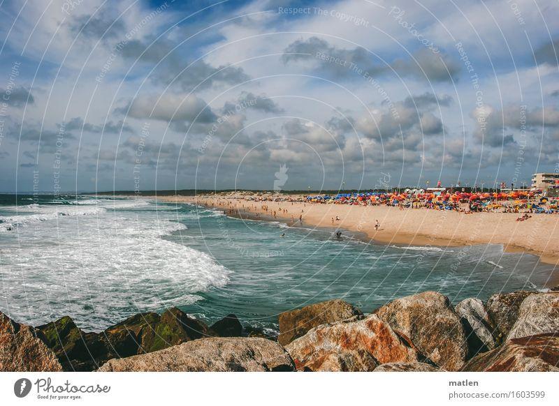 Strandleben Himmel Ferien & Urlaub & Reisen blau grün Sommer weiß Meer rot Wolken gelb Schwimmen & Baden braun Felsen Horizont Tourismus