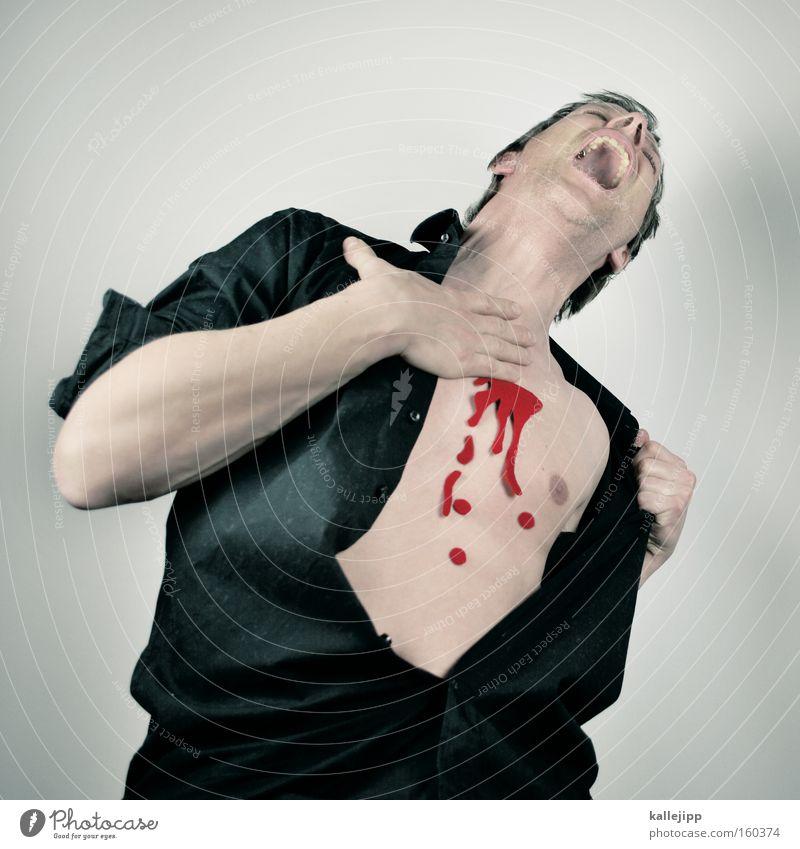 romeo must die Mann Opfer Mord Schusswunde Treffer verwundbar Herz Blut Tod fatal Hemd Haut Mensch brutal Angst Panik armor getroffen Wunde