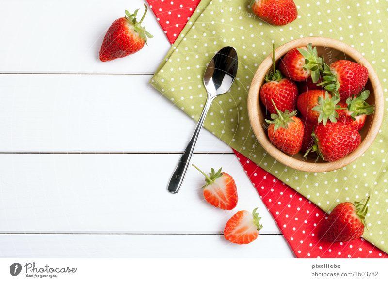Erd-Bären Lebensmittel Frucht Ernährung Frühstück Picknick Vegetarische Ernährung Löffel Lifestyle Gesundheit Gesunde Ernährung Wohnung Garten Tisch Küche