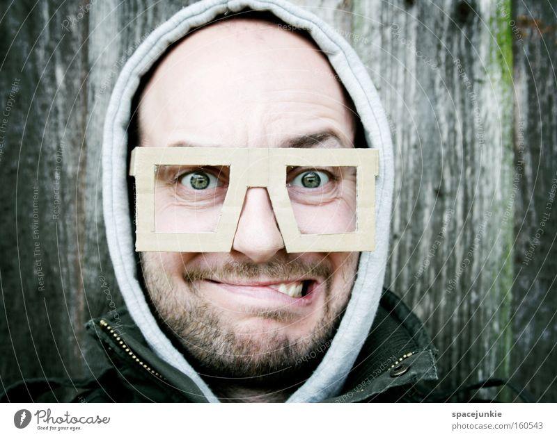 New glasses Mann Freude Gesicht lustig Brille Porträt skurril Freak Humor Spießer Optiker