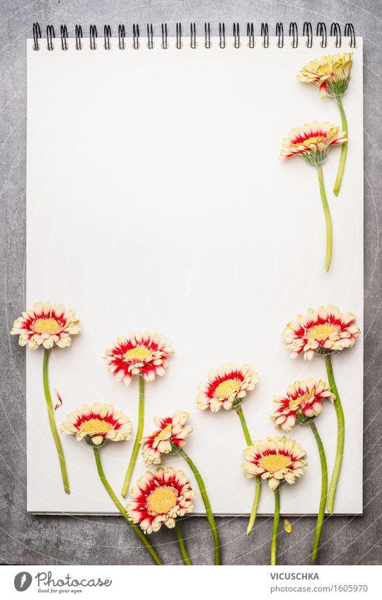 Notizbuch mit schönen Blumen Stil Design Leben Garten lernen Gartenarbeit Büro Business Pflanze Blatt Blüte Papier Zettel Zeichen retro Gerbera Zeitschrift