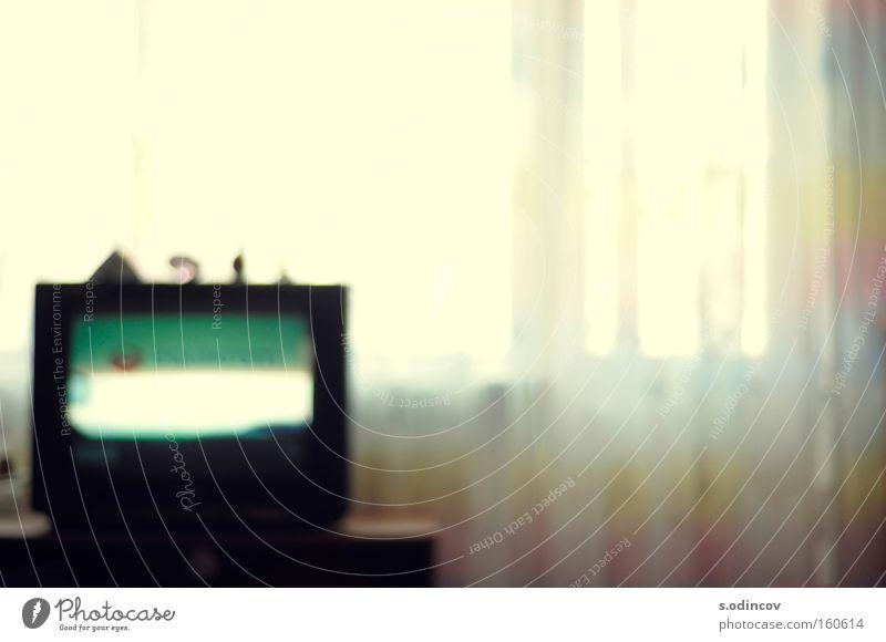 BlurTV Farbe Wohnzimmer Lomografie Fernsehen Unschärfe Fenster weiches Licht Raum Farben lomo Träume