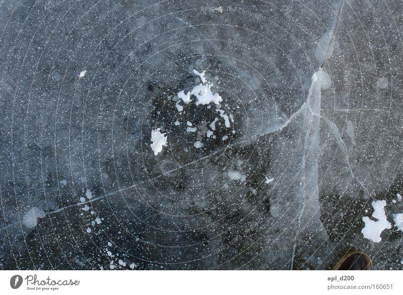 Eisbrecher weiß Winter grau Eis Spiegel Blase gebrochen Zweig brechen Glätte Sauerstoff Naht