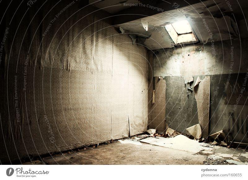 [Weimar 09] Wintereinbruch Leben Schnee Fenster Raum Zeit Vergänglichkeit Tapete verfallen Verfall Zerstörung Erinnerung Örtlichkeit Dachboden Leerstand Luke
