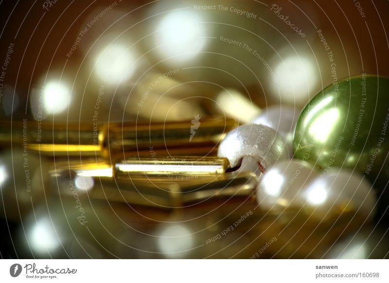 sternenglanz Kugel glänzend sternenklar Perle Christbaumkugel Erinnerung Nahaufnahme Makroaufnahme leuchten Weihnachten & Advent