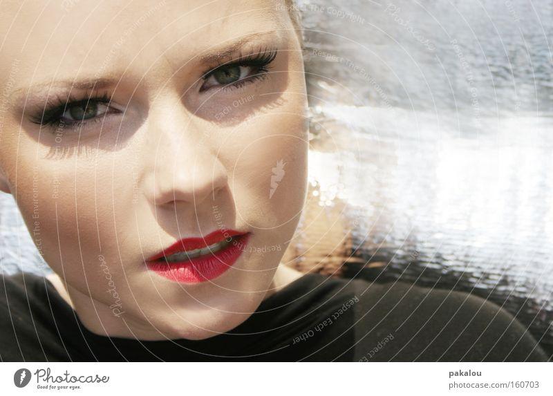 *outtake* Lippen Porträt Gesicht attraktiv schön Auge Schminke Schatten silber Wimpern Frau Model Kosmetik Mund Reichtum
