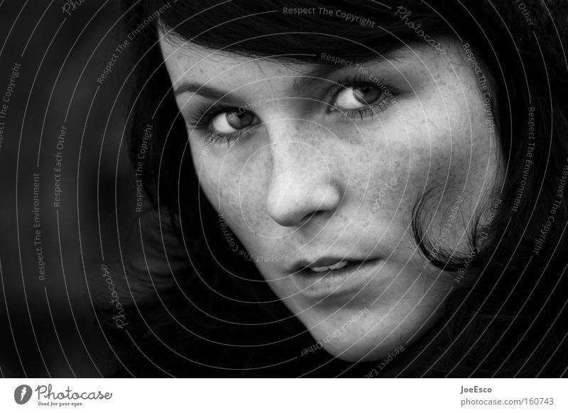 just a shot Frau Mensch Jugendliche schön Gesicht Auge Leben feminin Kopf Traurigkeit Kraft Erwachsene Lifestyle frisch Coolness Porträt