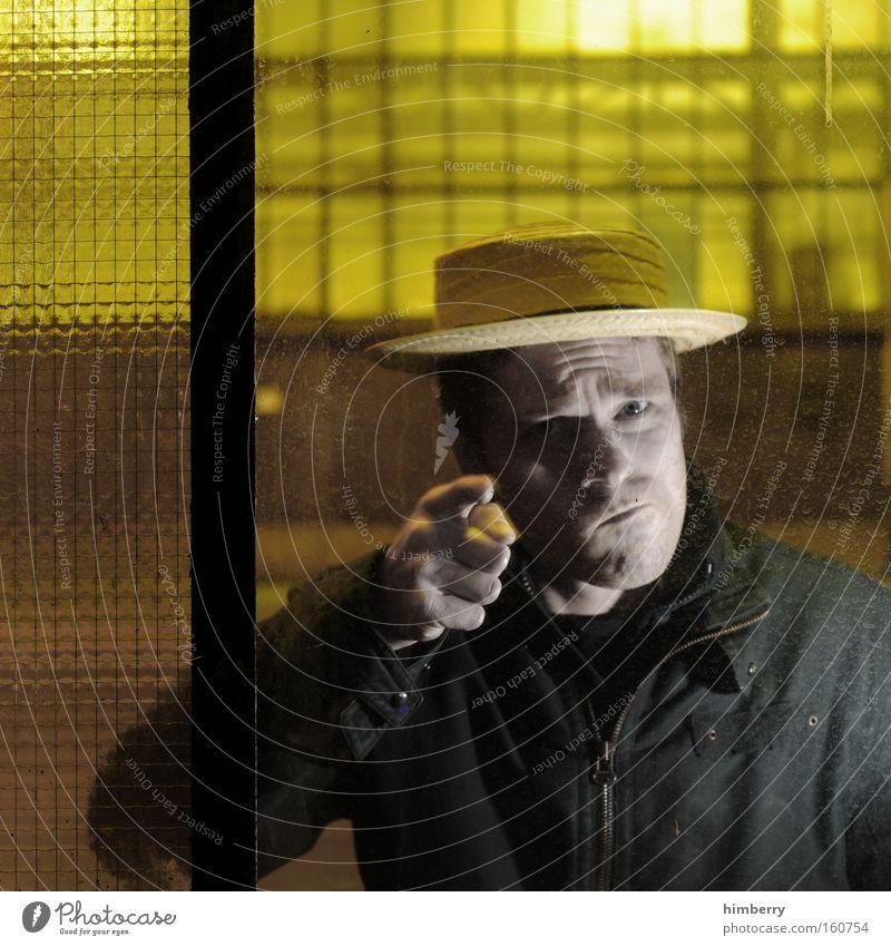 headhunter Mensch Mann Gefühle Mode Sicherheit gefährlich Wut Hut Ärger Kriminalität Mafia Sicherheitsdienst Täter Paparazzo verärgern
