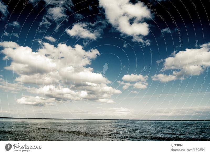 Atemtherapie Luft Sauerstoff Wasser Freiheit Himmel Wolken Meer See blau Reflexion & Spiegelung Wellen Erholung Ostsee Rügen Querformat Außenaufnahme