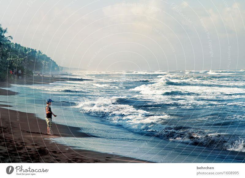 FÜR WILLMA...der kleine mann und das große weite meer... Kind Himmel Ferien & Urlaub & Reisen schön Wasser Meer Landschaft Wolken Ferne Strand Küste Junge