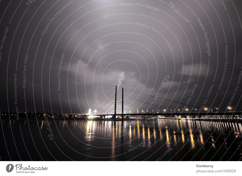 gute nacht Himmel Stadt Stimmung Beleuchtung Architektur Verkehr Brücke Nacht Güterverkehr & Logistik Fluss Düsseldorf Rhein Nachtleben Atmosphäre