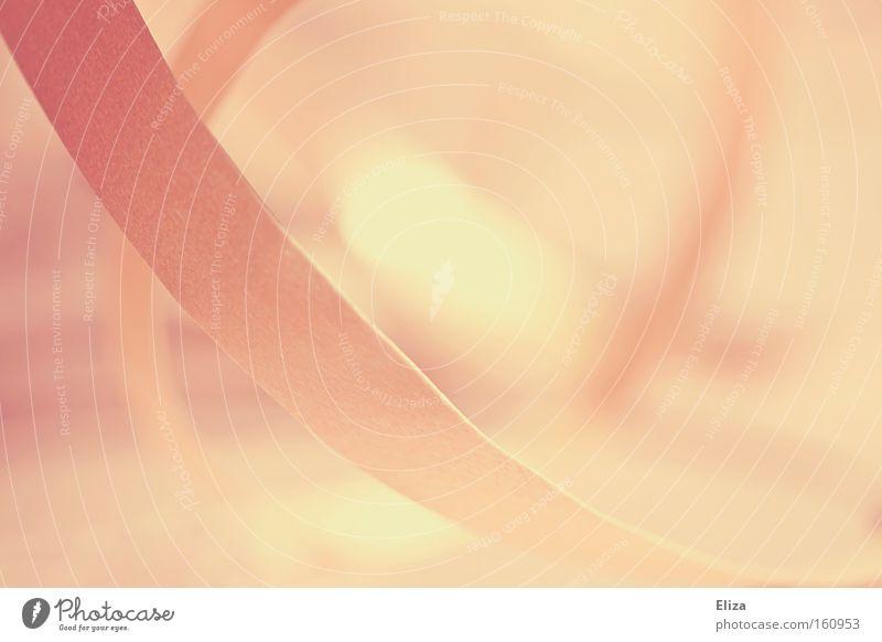 Nahaufnahme von rosa Geschenkband, abstrakt und in zarten Farben schön geschwungen dynamisch Dekoration & Verzierung sanft Schwung Geburtstag Taufe Schleife