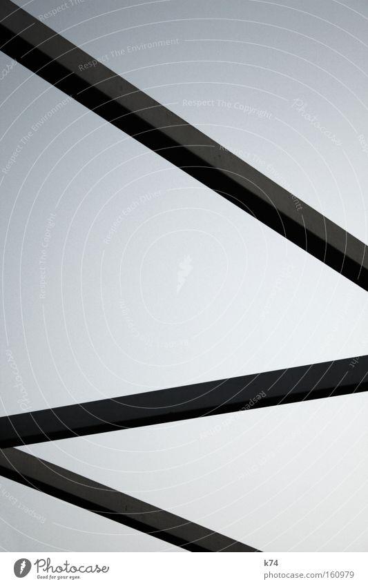 Z Detailaufnahme Brücke Architektur rebellisch Träger Stahlträger diagonal sehr wenige Konstruktion