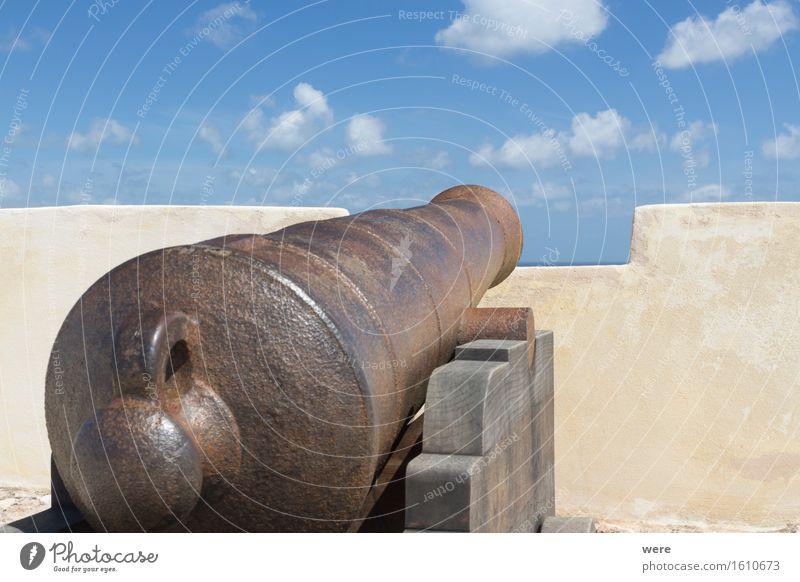 Mit Kanonen auf... Ferien & Urlaub & Reisen alt Wasser Meer Haus Architektur Küste Gebäude See Tourismus Wellen historisch Panorama (Bildformat) Teich Tourist