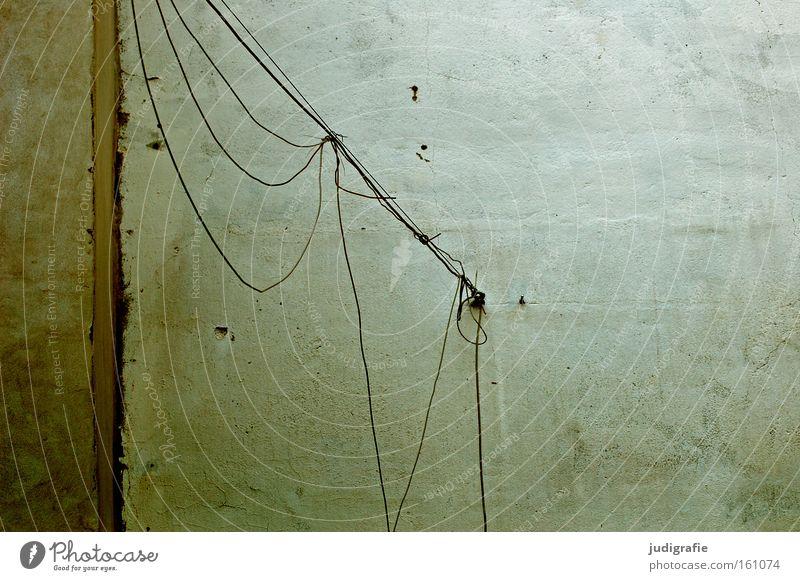 Bettfedernfabrik Farbe Wand Linie Energie Seil Energiewirtschaft Elektrizität Technik & Technologie Schnur Putz Leitung Nähgarn Befestigung Elektrisches Gerät improvisieren