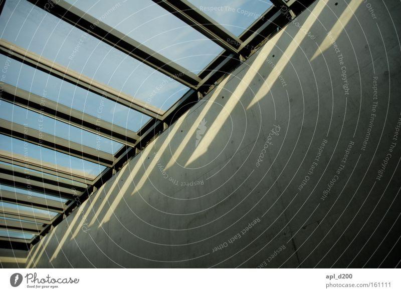 Lichtbrechung Himmel Fenster Raum Glas Beton Europa Stahl Stahlträger