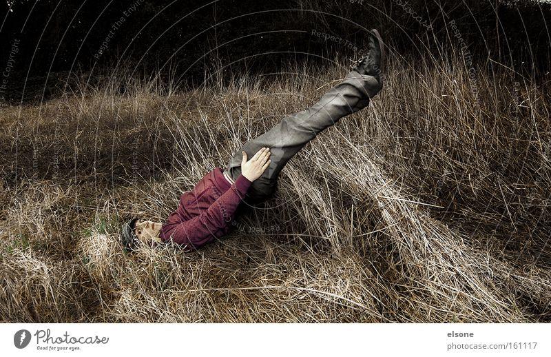 SCHRAEG Mensch Mann Natur Wiese Gras lustig verrückt Freizeit & Hobby bewegungslos