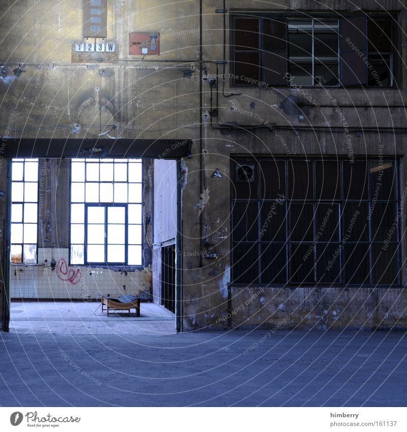 lichtschleuse Fenster Gebäude Industrie Industriefotografie Fabrik Baustelle verfallen Theater Handwerk Bühne Kino Lagerhalle Fabrikhalle Wohnung Loft Tatort