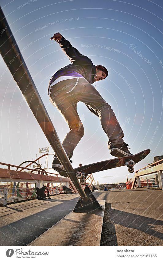 FS Bluntslide Freude Freizeit & Hobby Brücke gefährlich Sport Skateboarding Holzbrett Dom Rolle rollen Salto Feierabend Unbekümmertheit Drahtseil Extremsport