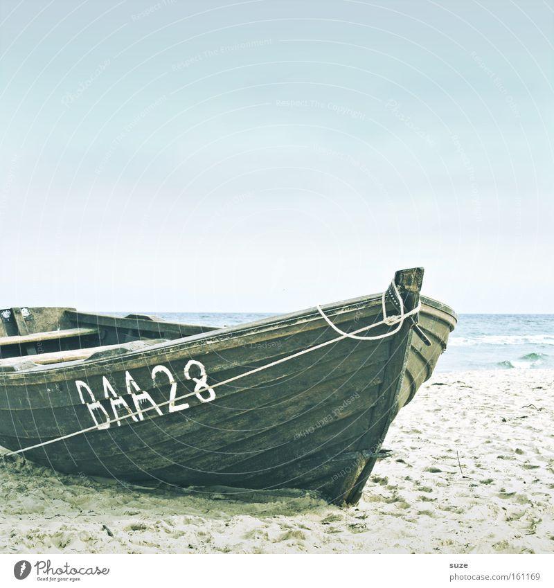 Zeit Himmel Wasser Strand Meer Ferien & Urlaub & Reisen ruhig Einsamkeit Erholung Freiheit Holz träumen Küste Wasserfahrzeug See Zufriedenheit Horizont