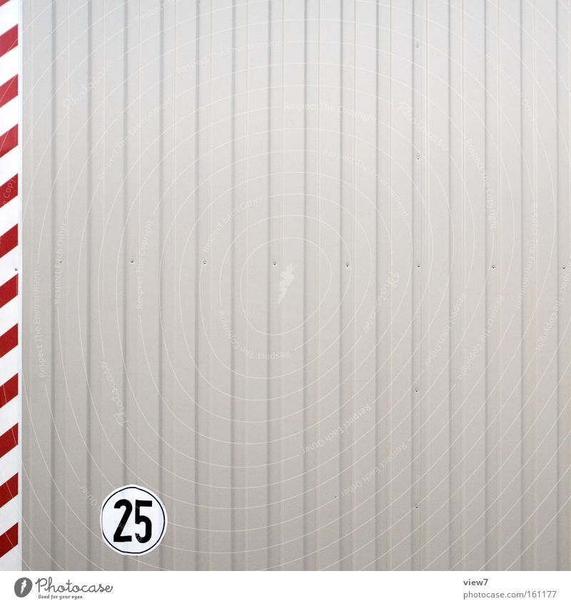Graphikdesign fünf rot grau Metall Linie Hintergrundbild Fassade Schilder & Markierungen Ordnung Beginn frisch modern ästhetisch authentisch Streifen
