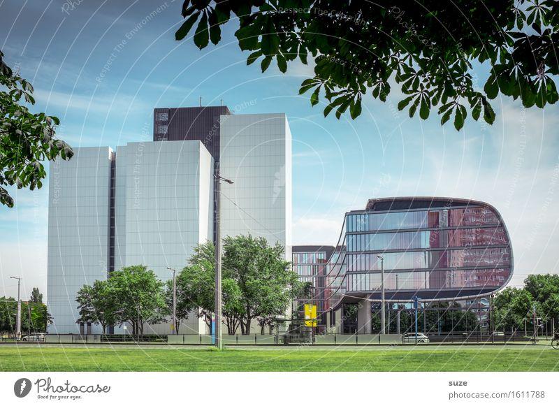 Medienarchiv Design Bildung lernen Studium Arbeit & Erwerbstätigkeit Arbeitsplatz Büro Wirtschaft Bibliothek Umwelt Natur Baum Wiese Stadt Hochhaus Bauwerk