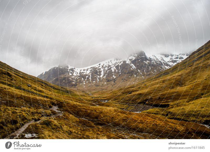 Walking in Scotland Himmel Natur Ferien & Urlaub & Reisen Pflanze Landschaft Berge u. Gebirge Umwelt Leben Schnee Gesundheit Tourismus Regen Wetter wandern