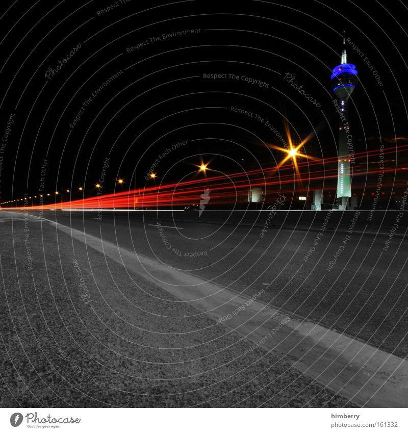 spitfire on my tail Stadt Straße Bewegung Wege & Pfade Bewegungsunschärfe Beleuchtung Straßenverkehr Design groß Verkehr Geschwindigkeit Brücke Coolness