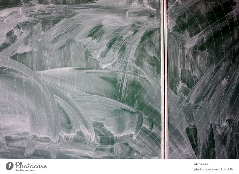 Wischtechnik Tafel Schwamm Kreide Schulunterricht Schule Schüler Bildung dreckig PISA-Studie Kommunizieren beschmutzen Tafeldienst Kindheit Unschärfe