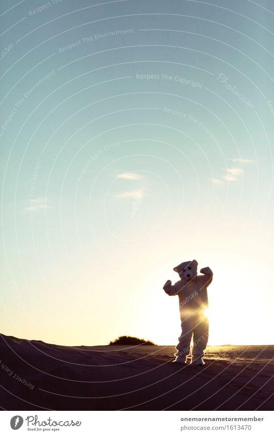 hee hoo joo Kunst Kunstwerk ästhetisch Eisbär Bär Wüste Sonne Sonnenstrahlen Blauer Himmel verrückt Tier verirrt Irritation Coolness Kostüm Freude spaßig
