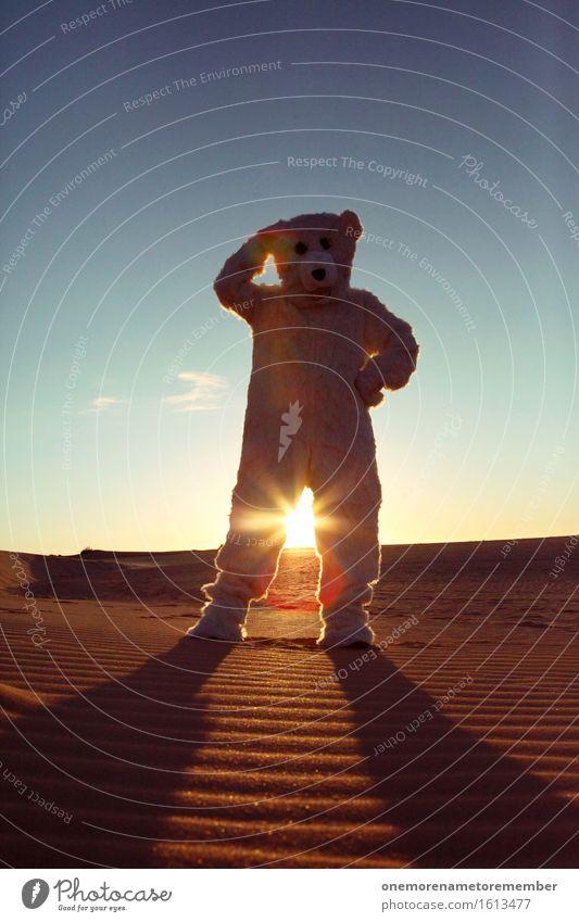 Golden Dick Kunst Kunstwerk ästhetisch Bär Eisbär Wüste Kontrast Surrealismus Unsinn stehen gehen Irritation ausgesetzt verirrt Zukunft ungewiss dumm Dummkopf